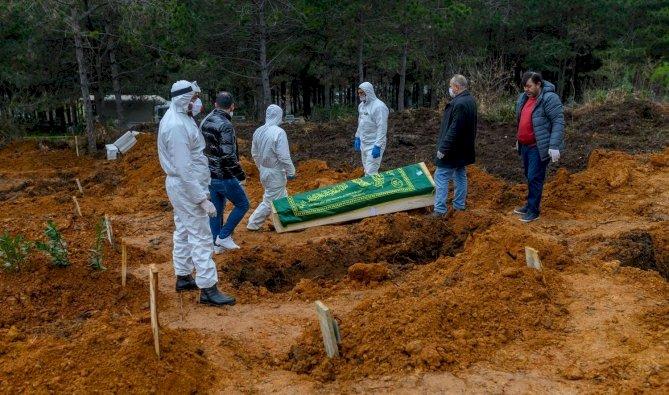 ضحايا كورونا... عرب ومسلمو إيطاليا يروون معاناتهم في دفن أحبائهم