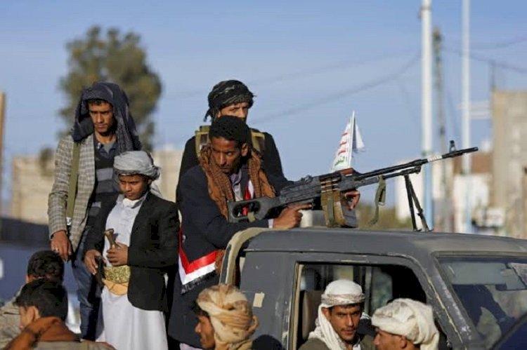 خبراء: عناصر ميليشيا الحوثيين يفرون من مأرب وعبدالملك الحوثي يبحث عنهم