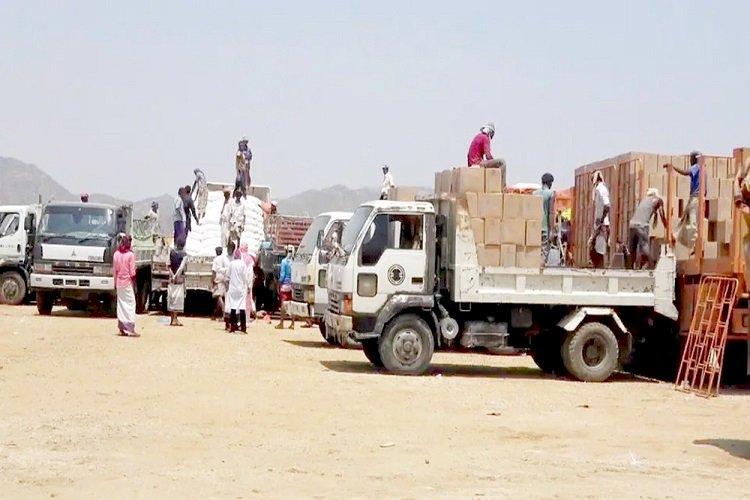 سياسيون يكشفون حيل الحوثي لنهب المساعدات الغذائية باليمن