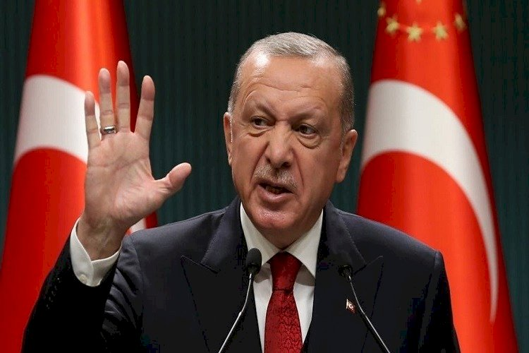 تكشف نواياه بالعراق.. ماذا وراء تهديدات أردوغان بتطهير مخيم مخمور؟